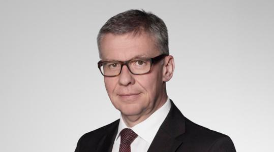 Senior Partner and Head of Arbitration Daniel Hochstrasser gives some insights about the prominent Swiss law firm Bär & Karrer, focusing on its international network, innovation and the careers of women within the firm.