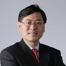 "It isn't easy to have both vision and power of execution, but Yuanqing Yang is one such rare leader. Since 2001, he has led Lenovo to become a true international company. Discreet in appearance, Yang is an ambitious strategist who believes that ""being number one is important, because nobody can name the world's second highest mountain."""