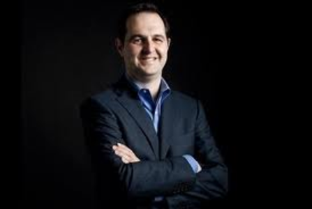 He founded Lending club in 2008     Considered a leader in finance 2.0     Global development after the IPO?