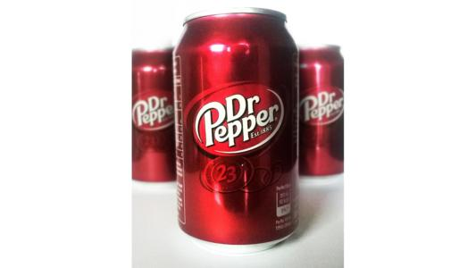 US soft drink manufacturer Dr Pepper Snapple is being acquired by Keurig Green Mountain in what will be the largest private equity deal in the US since 2016.
